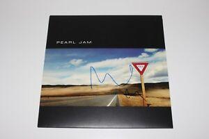 Pearl Jam Mike Mccready Signed Yield Vinyl Album Record Lp