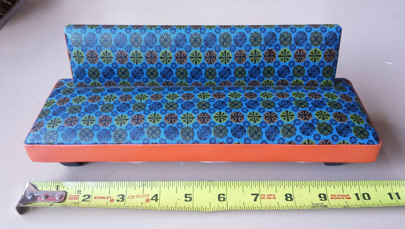 FUNKY RETRO 70's DOLL SOFA Vinyl Wood 10.5 inches long Susys Toys