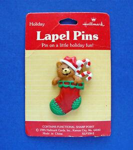 Hallmark-PIN-Christmas-Vintage-STOCKING-BEAR-TEDDY-Red-Holiday-Brooch-NEW
