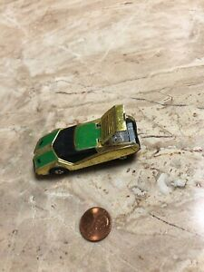 Vintage-MATCHBOX-Lesney-Superfast-GOLDEN-X-1973-Car-Toy-Lifts-Up-England