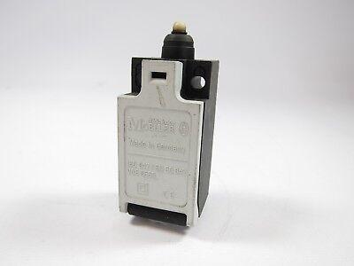 New Klockner Moeller AT11-2-I  Limit Switch Body