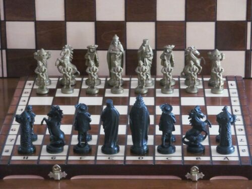Brand New ♚  Medieval Design Chess  Set ♞Great Board
