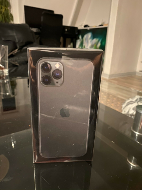 iPhone XS, 64 GB, grå, Perfekt, iPhone 11 Pro 64GB Midnight…