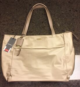 Tumi-M-TOTE-Voyageur-Nylon-Bag-Purse-Khaki-Luggage-494766KHK-295