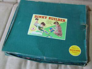 Vintage-1940s-50s-Dinky-Builder-Toys-Meccano-Building-Set-w-Instructions