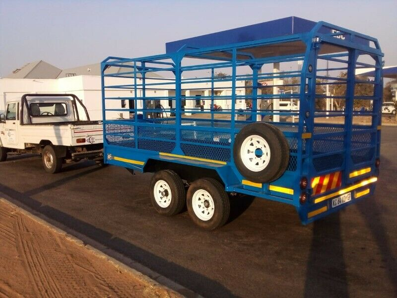 CAR TOWING ,CATTLE AND LUGGAGE TRAILERS FOR HIRE IN MALAMULELE