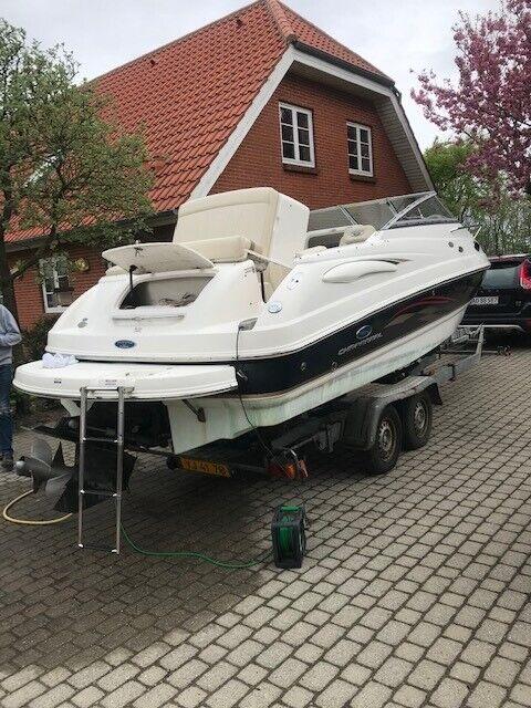 Chaparral 215 SSI, Motorbåd, årg. 2005