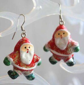 Festive-Glittery-Santa-Claus-Silver-tone-Pierced-Earrings-1980s-vintage-1-3-8-034