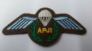 Genuine British Army Issue No2 Dress APJI Jump Instructor Para Wings Patch