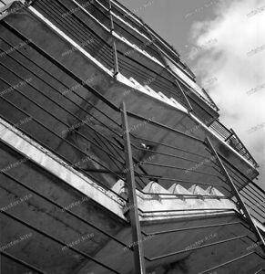 Treppenhaus architektur detail  Negativ-Stuttgart-Parkhaus-Innenstadt-Treppenhaus-Fassade ...