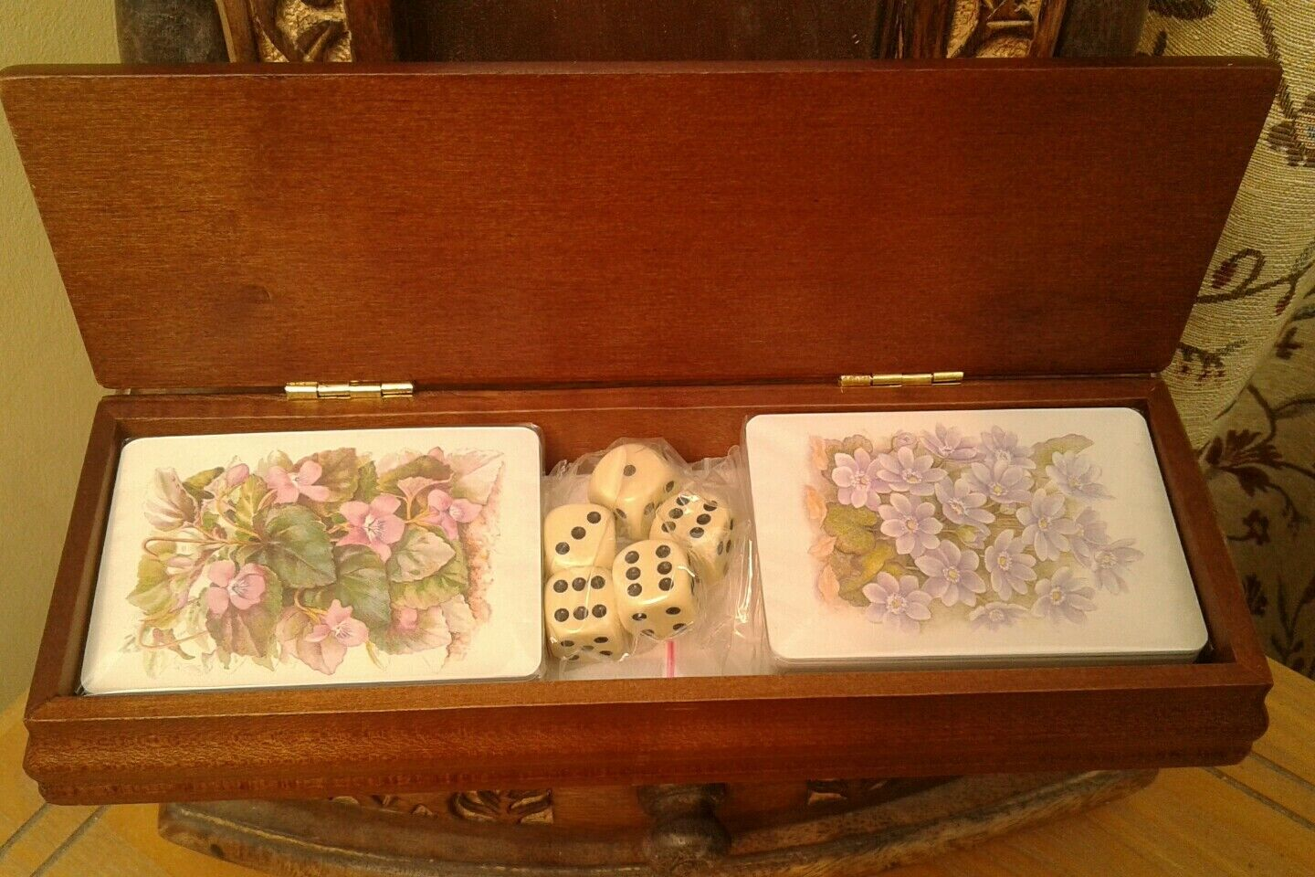 Beautiful  SET of TWO PLAYING CARDS in WOODEN BOX with 5x 5x