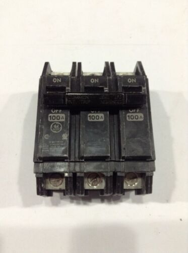NEW!! BOX OF 2 THQC32100WL General Electric GE 3P 10A 240V Circuit Breaker