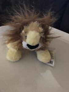 LIL-039-KINZ-LION-HS-009-NEW-WITH-SEALED-CODE