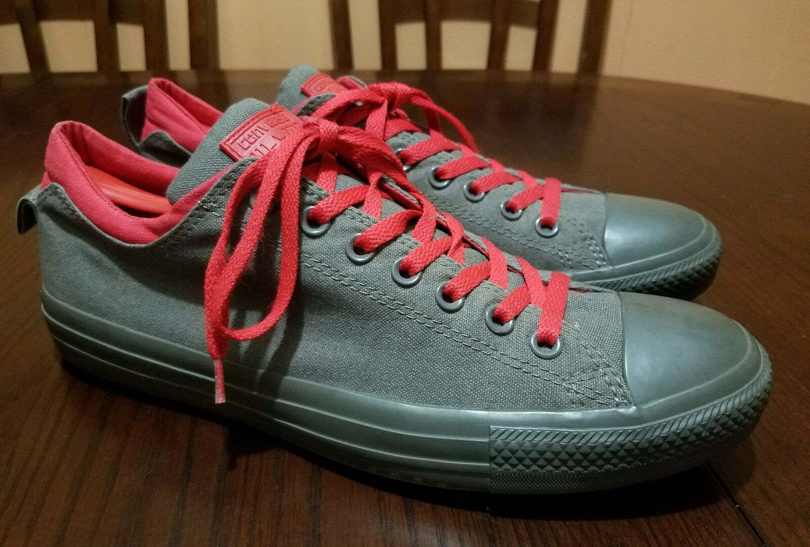 984af238d3f6 CONVERSE Green Red Fashion Sneakers Size Size Size MEN S 10.5