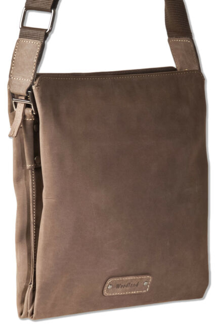 Woodland® große Herren Umhängetasche aus naturbelassenem Leder in Dunkelbraun