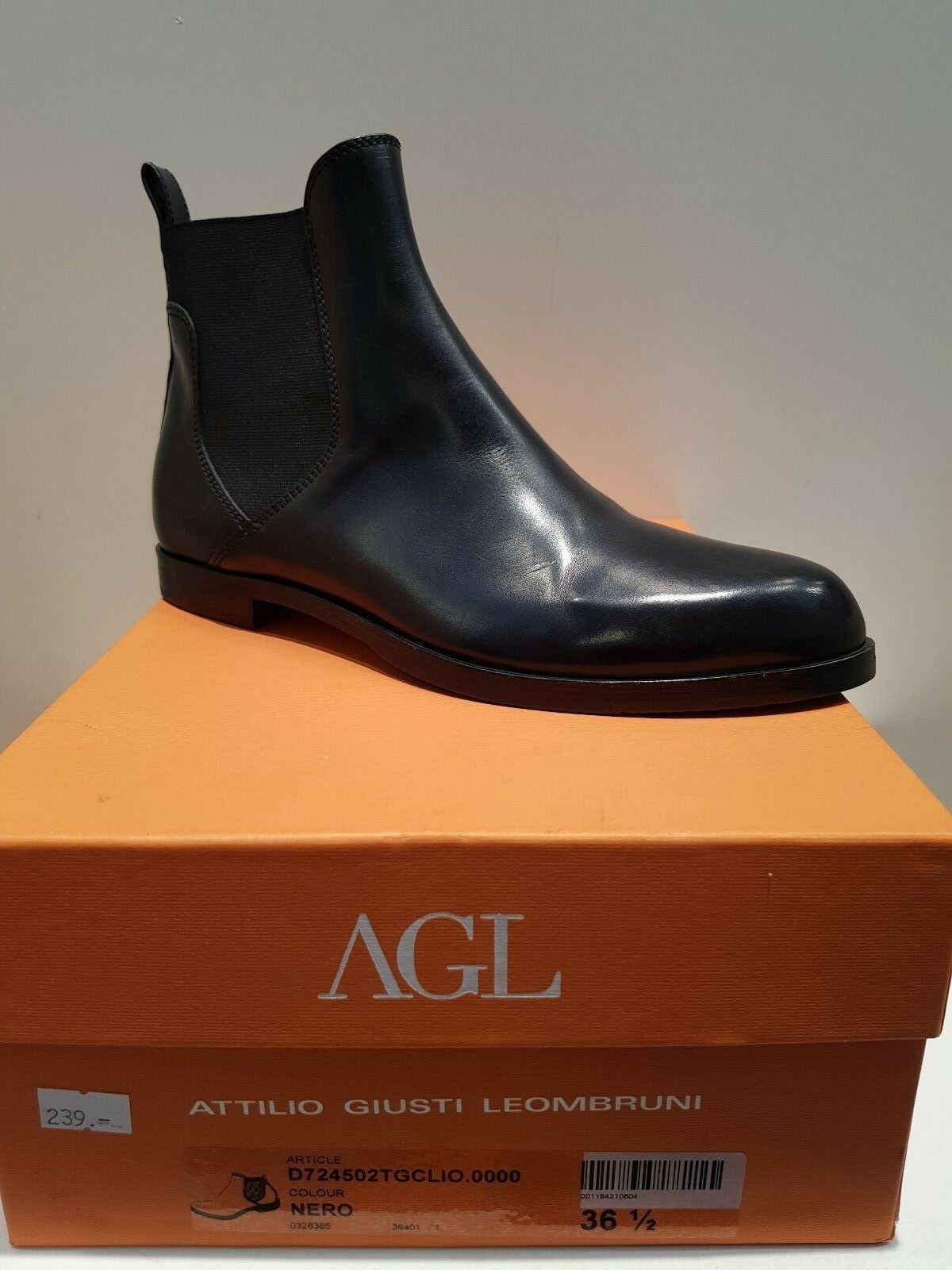 AGL Damen Chelsea Boots Stiefelette    Colour: NERO