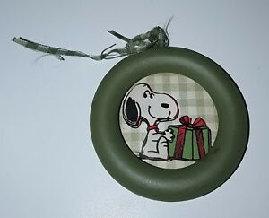 the latest 680c2 aa536 Details about VINTAGE PEANUTS SNOOPY CHRISTMAS ORNAMENT ROUND WOOD