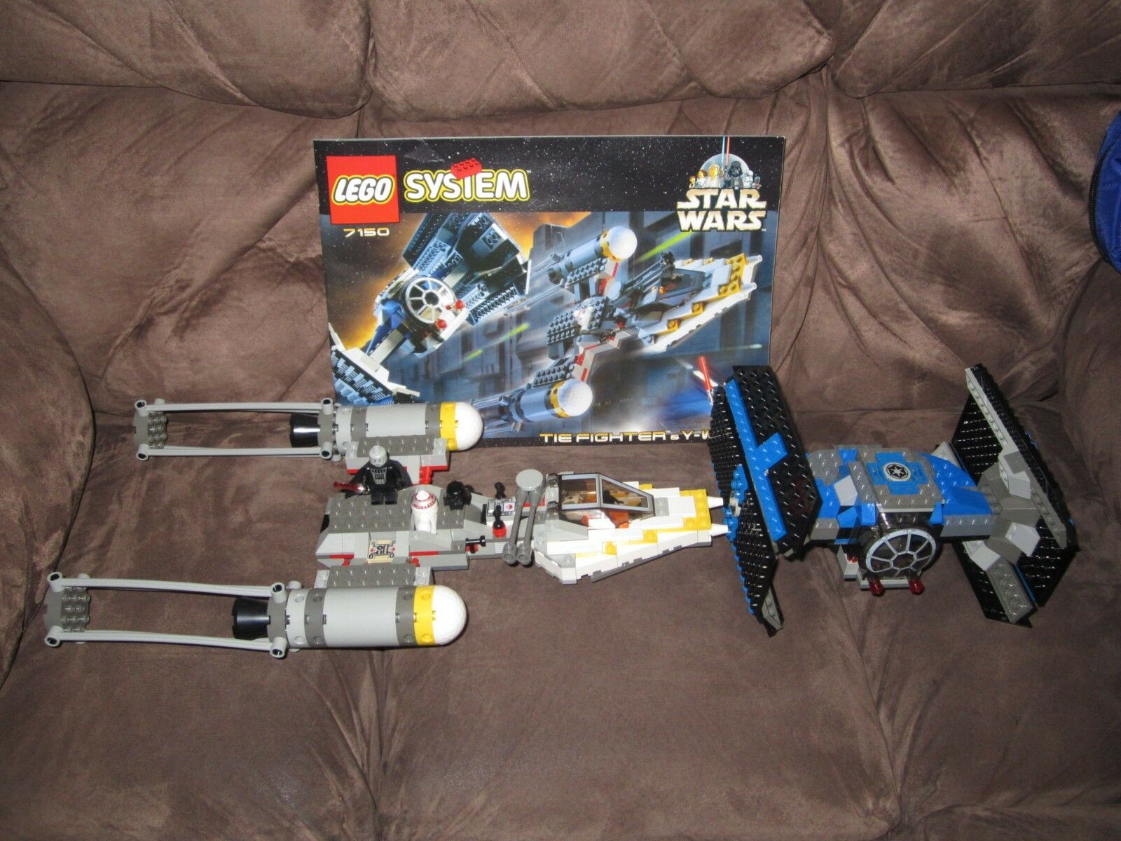 LEGO Star Wars 7150 Y-Wing Set with 3 Mini Figures (Complete)