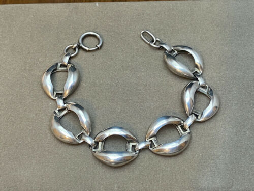 6.0 Guess Collection Rare Modernistic Brushed Silver Cuff Sterling Silver Bracelet