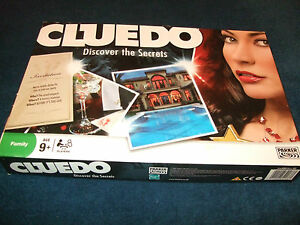 CLUEDO-FAMILY-BOARD-GAME-DISCOVER-THE-SECRETS-BY-PARKER-2008