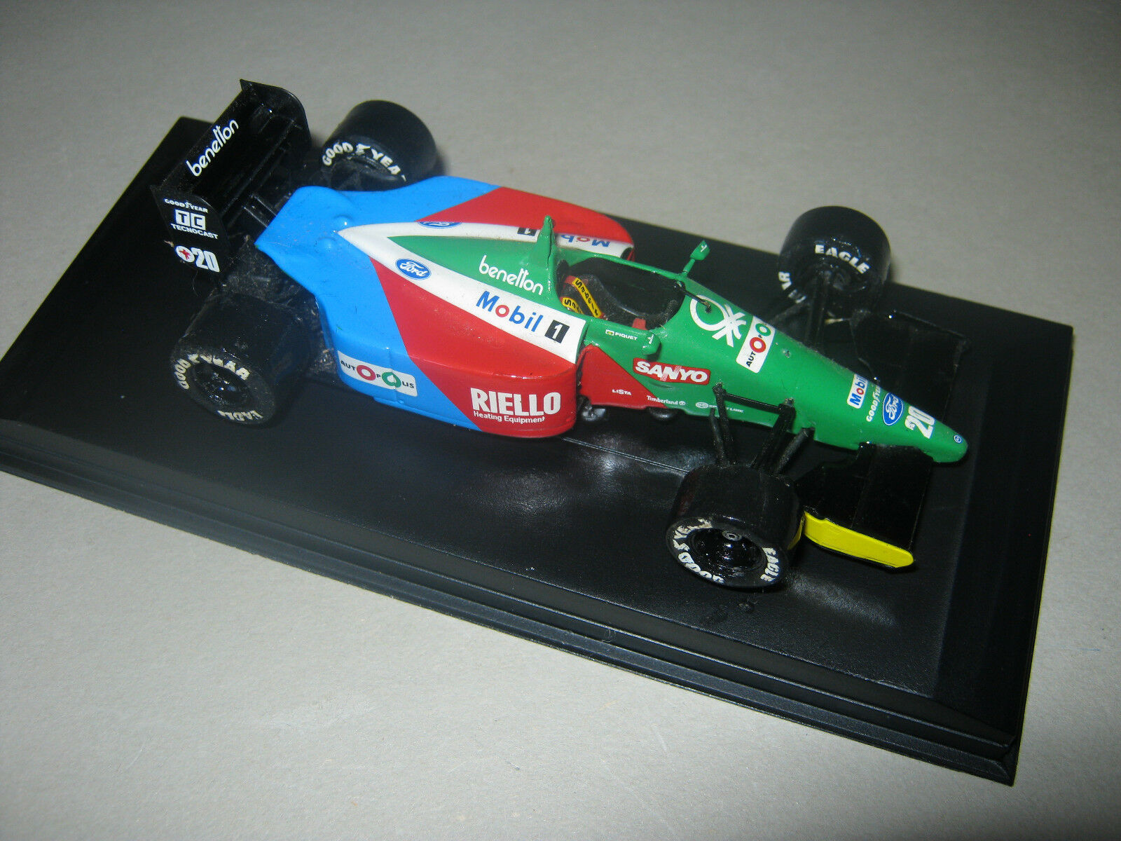 1 43 Benetton FORD b189b USA GP N. Piquet 1990 TAMEO HANDBUILT dans Showcase