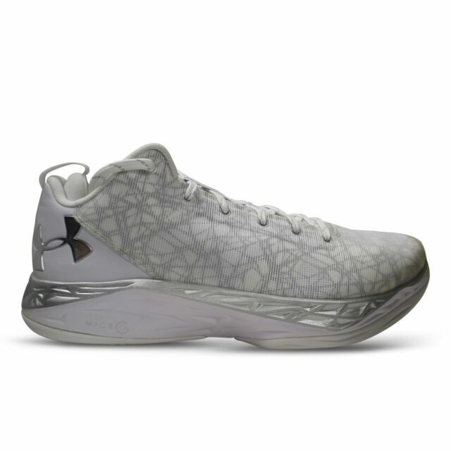 BRAND NEW Under Armour Men/'s TB Fire Shot Low Basketball Shoes 1279897