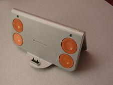 Sony Ericsson = Music Desk Stand MDS-60 = W800i; W700i; W550i; W90 u.v.a.