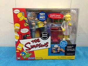 Simpsons-Interactive-Environment-Burns-Manor-with-PJ-Mr-Burns