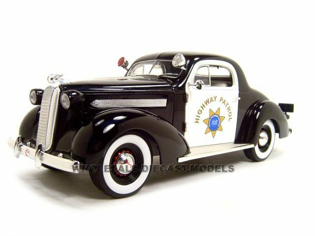 1936 PONTIAC DELUXE HIGHWAY PATROL 1 18 BY  SIGNATURE MODELS 18140  point de vente