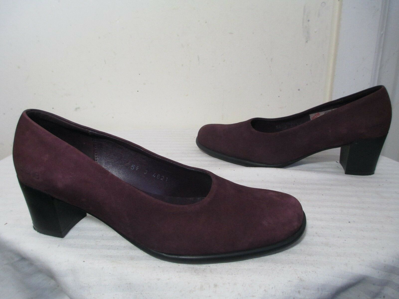 ARCHE PURPLE NUBUCK LEATHER PUMPS HEELS SHOES 7½ MADE IN FRANCE