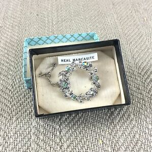 Marcasite-Brooch-Pin-Silver-Tone-Vintage-Estate-Leaves-Wreath-Boxed