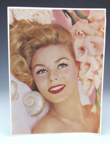 Ideal For Decoupage Or Up-Cycling Original 1950/'s Vintage Glamour Girl Print