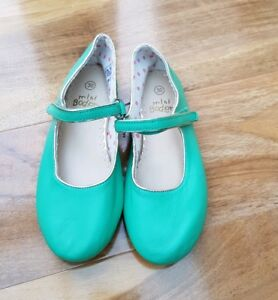 0b99f08f6ca1 Mini Boden Girls green leather Mary Janes shoes EU 30 UK 11.5 BRAND ...