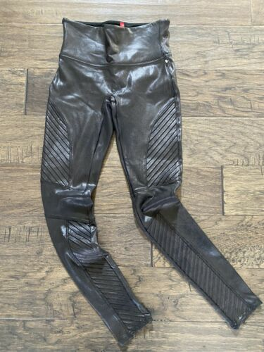 Spanx Faux Leather Moto Leggings in Black size Sma