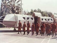 V Science Fiction TV Series 1980's Original Cast Photo The Visitors w/ Shuttle