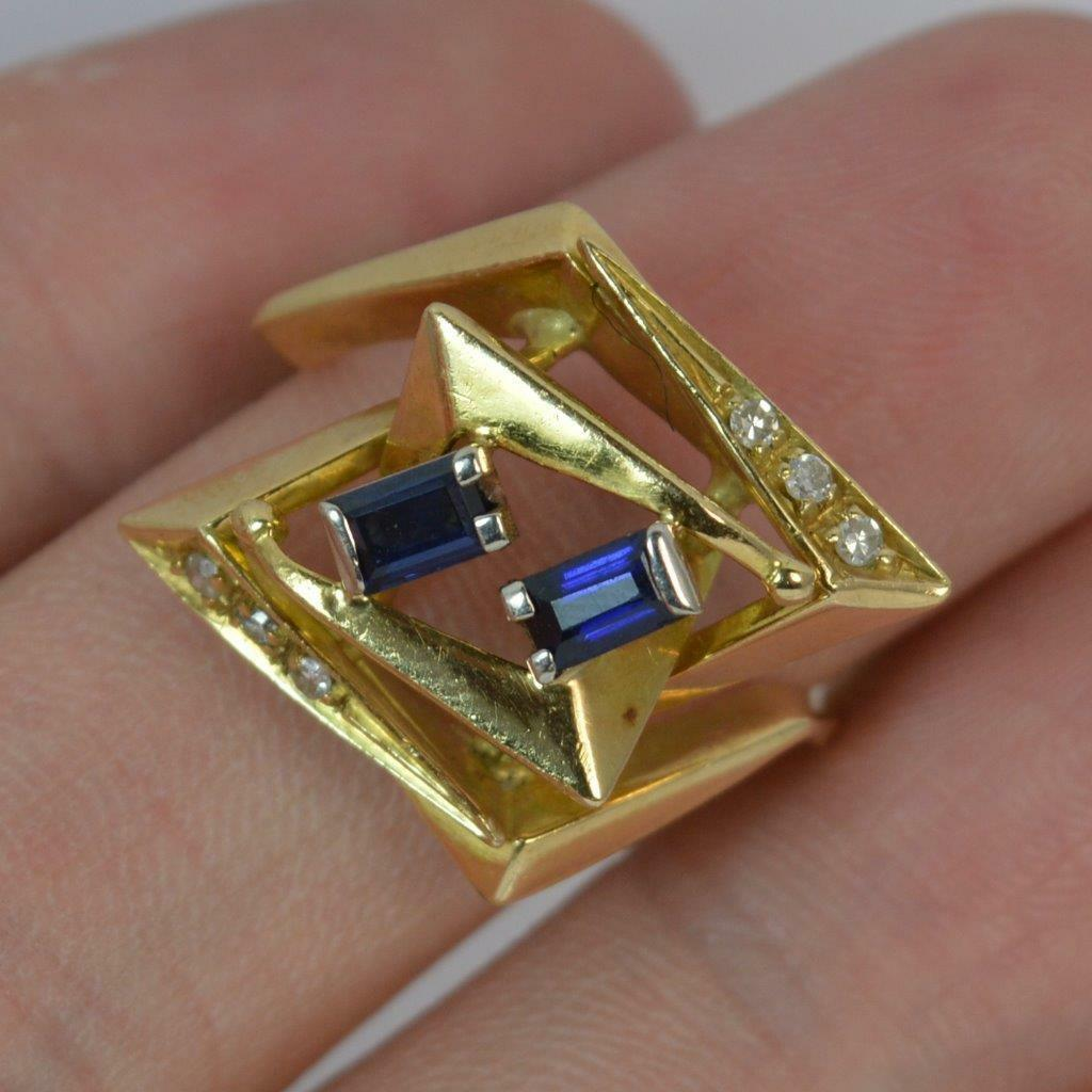 Retro Geometric 18ct gold and Sapphire Statement Ring d0178