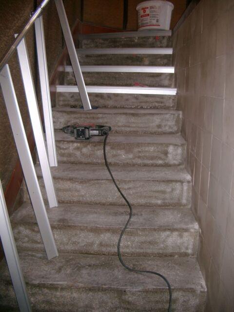 Treppenprofil für Steinteppich, Übergansprofil, Treppenbeschichtung