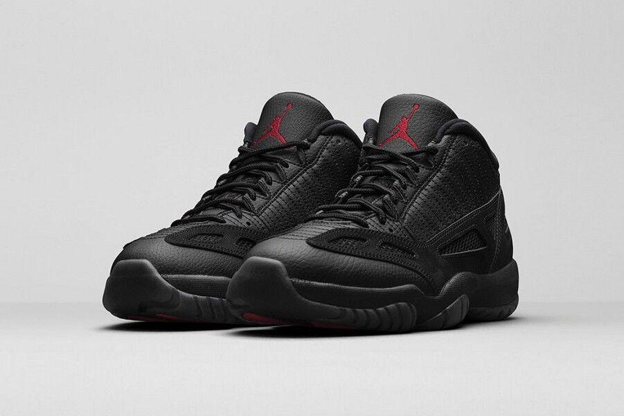 Air Jordan 11 XI IE Retro Low 'Black Cat' Referee Black True Red bred 306008-003