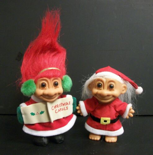VINTAGE GOOD LUCK TROLLS BY RUSS SANTA /& MRS CLAUS CHRISTMAS CAROLS LOT OF 2