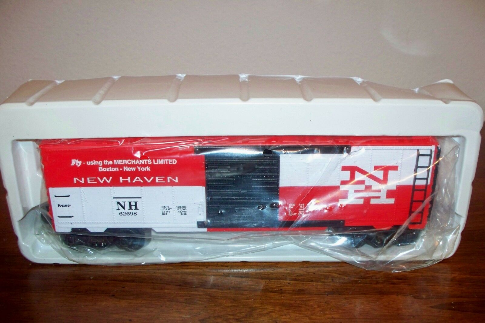 K-LINE TRAIN K641-9017 1998 TCA CONVENTION NEW HAVEN CLASSIC BOX CAR