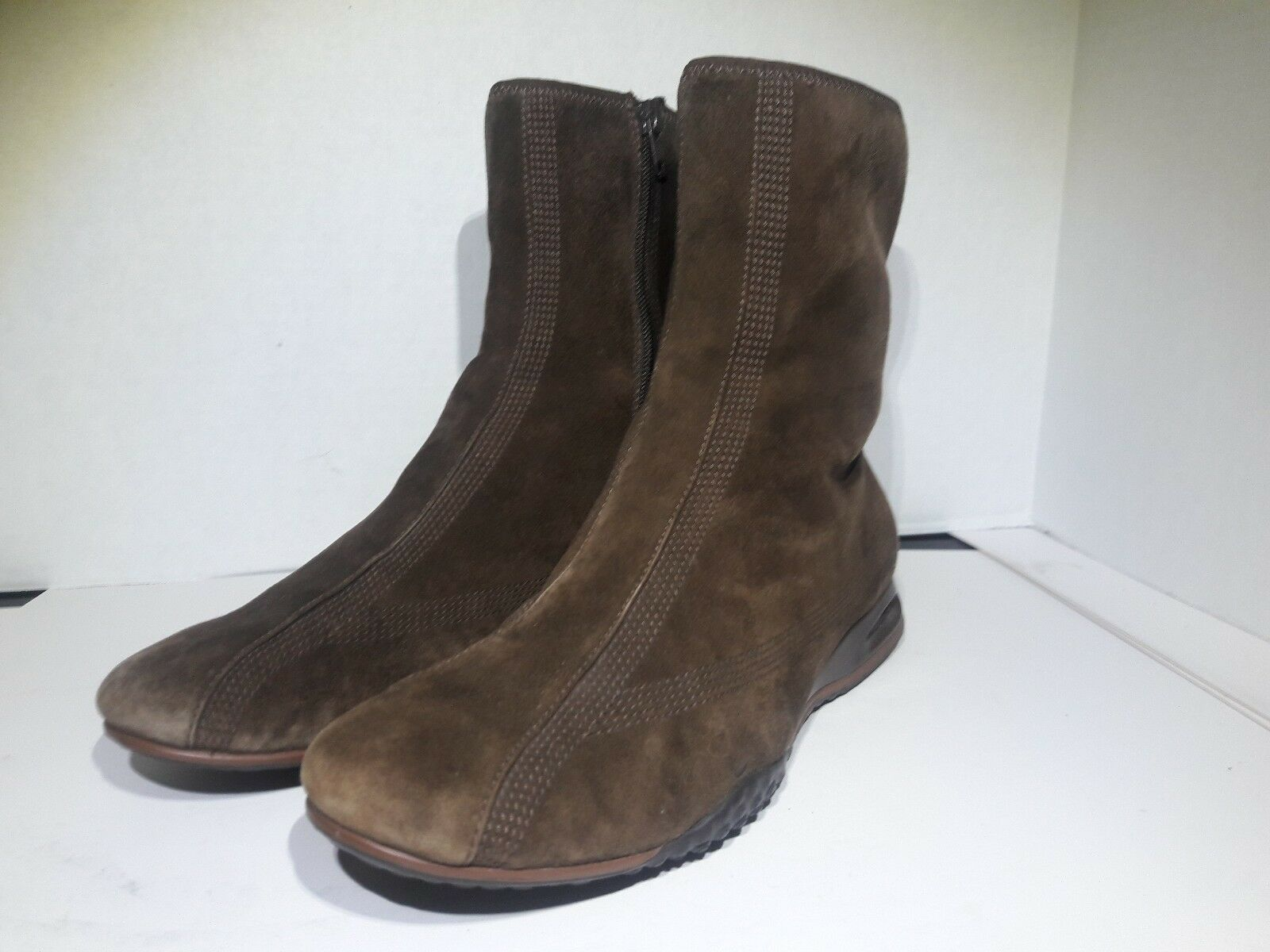 Cole Haan  Air Brown Suede Ankle Boots Side Zipper Womens Sz 10 B
