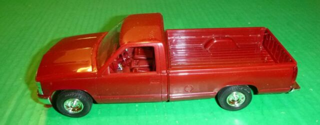 Mpc 1988 Chevy Silverado Pickup Truck 1 25 Model Car Mountain Promo