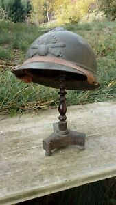 Ancien-porte-chapeaux-napoleon-III-en-bois-tourne-XIXe-sans-le-casque