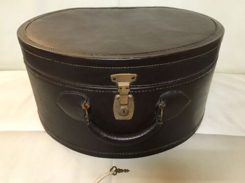 ANTIQUE VINTAGE LEATHER ROUND TRAIN TRUNK HAT BOX SUIT CASE TRAVEL LUGGAGE RETRO
