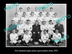 OLD-LARGE-HISTORIC-PHOTO-OF-THE-NEW-ZEALAND-RUGBY-REPRESENTATIVE-TEAM-1952