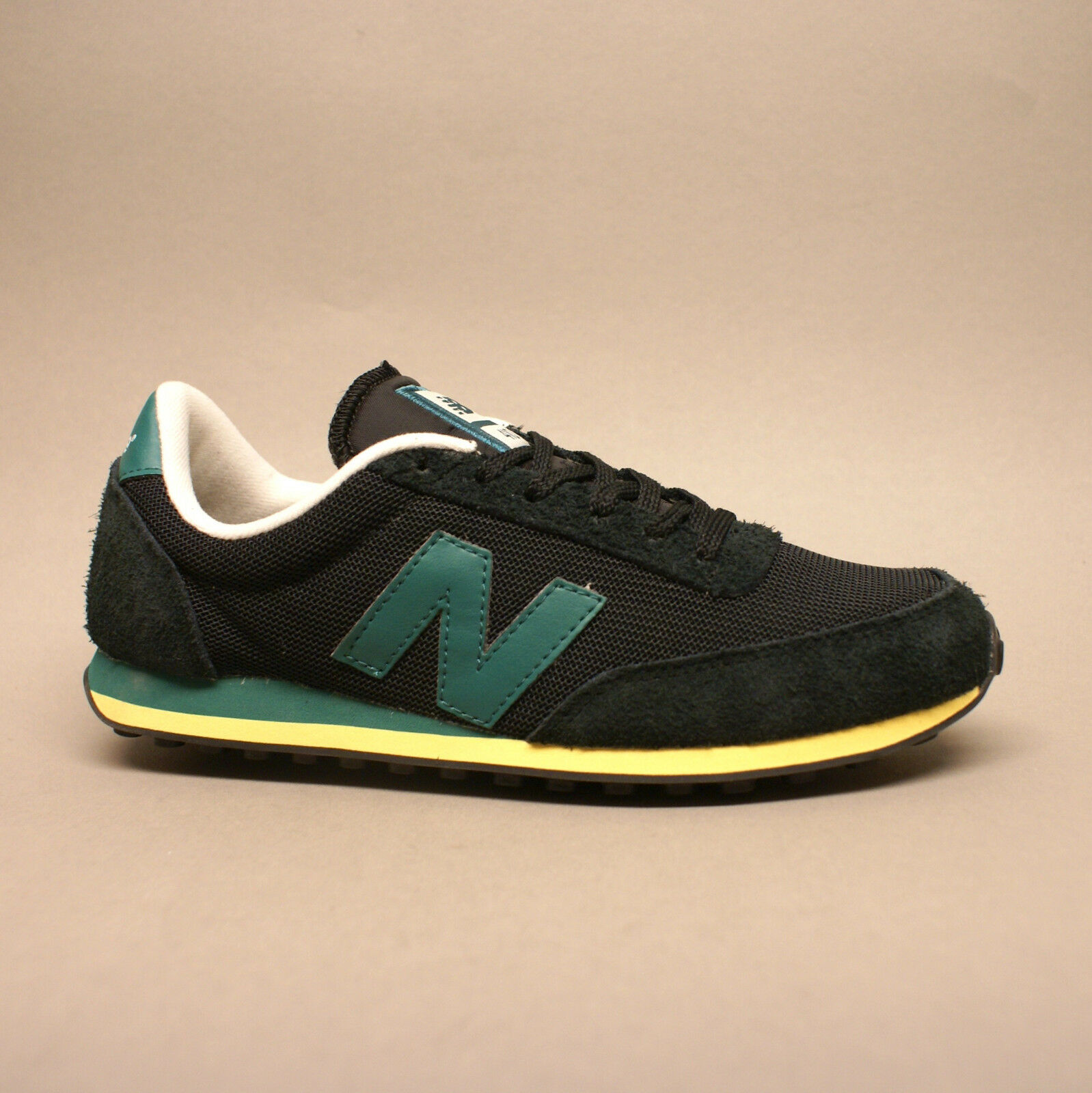 New Balance Classics Traditionnels U410VGG Black Turnschuhe Sneaker schwarz grün