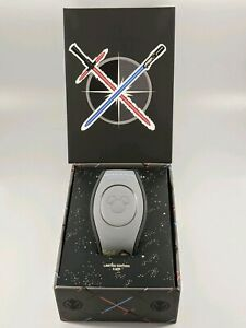 Disney-Parks-Star-Wars-The-Rise-Of-Skywalker-Limited-Edition-MagicBand