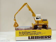 Liebherr 932 Wheel Excavator w/ Clam Bucket - 1/50 - Conrad #2832 - MIB