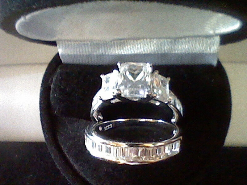 PLATINUM & SS EMERALD CUT 3.50CTW LCS DIAMOND ENGAGEMENT RING SET SZ 6 + GIFT
