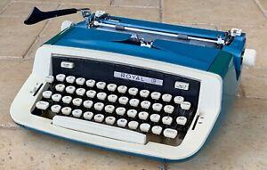 Royal Custom III Typewriter w/Case and Manual 1972 WORKS